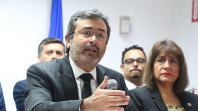 El ex primer ministro peruano Juan Jiménez Mayor es quien encabez...