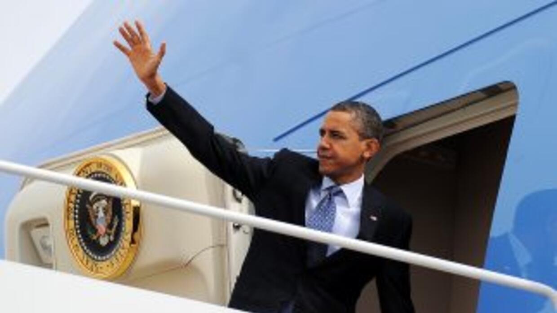 Obama llamó a Putin desde el avión presidencial Air Force One, dijo su p...