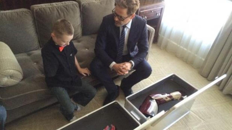 No sólo el pequeño agradeció a Robert Downey Jr. por su obra, sino tambi...