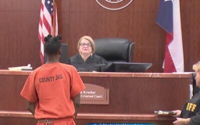 Comparece en corte el hombre acusado de la muerte de un bebé de 10 meses...