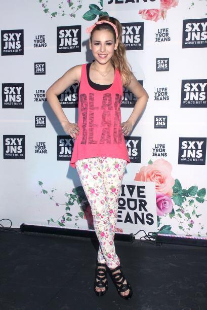Danna Paola se estrena como diseñadora de moda con una colección para la...