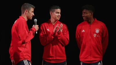 Las estrellas del Bayern Múnich presentaron su nueva playera para la próxima temporada
