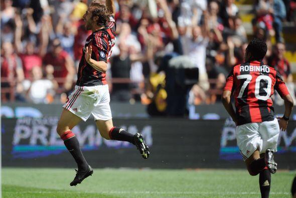 El volante galo marcó el único gol de los 'rossoneri' ante el Bolonia.