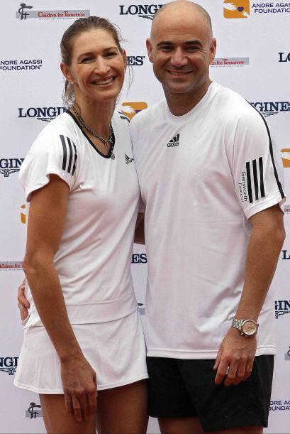 En 1999, cuando el mejor tenis de Agassi regresó, coincidió con su separ...