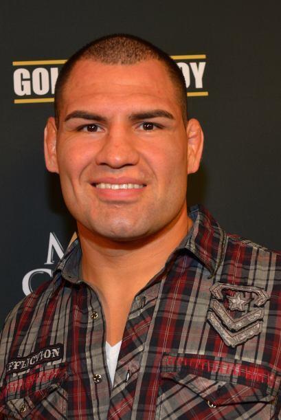 Caín Velasquez, el luchador mexico-americano campeón de los pesados de l...