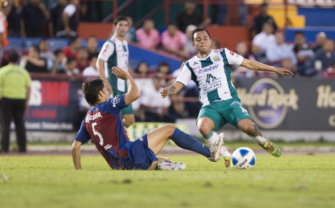La lesión Néstor Araujo recuerda la del 'Chapito' Montes en 2014 2014010...