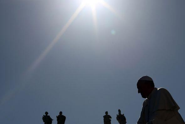 El papa Francisco recibirá por primera vez en la historia del Vaticano a...