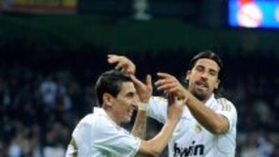 Angel Di MAria y Khedira, uno se va y otro se queda en el Real Madrid.