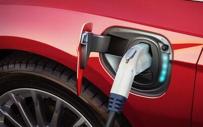 Categorías de Autos 17-frd-fcs-200031-electric-2.jpg