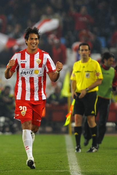 Y fue el Almería quien abrió el marcador con un tanto de José Ulloa.