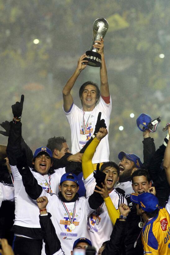 Por su parte los Tigres se proclamaron campeones de la Liga MX en el tor...