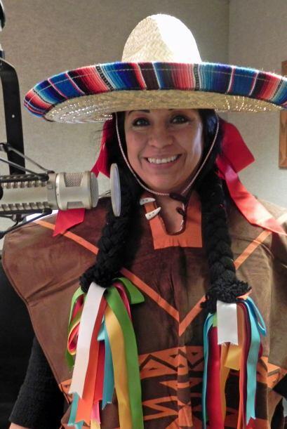 """""""Te cargas una banderita de México y la sacudes de un lado a otro como d..."""