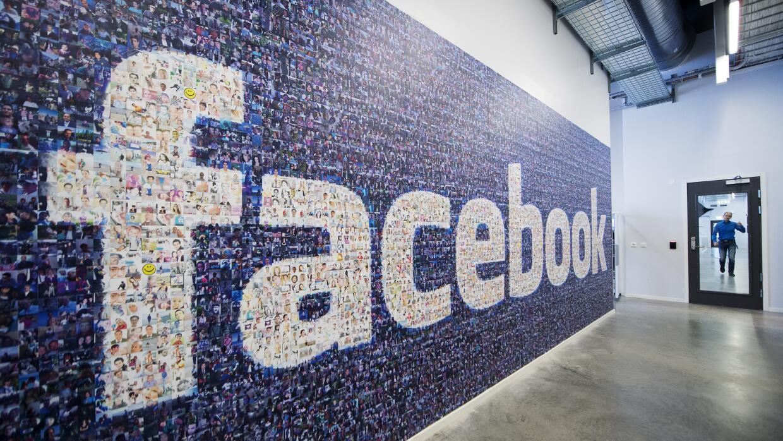 Facebook prohibirá la venta privada de armas en su plataforma facebook.jpg