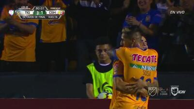 ¡GOOOL! Ismael Sosa anota para Tigres
