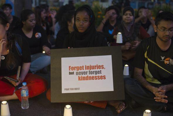 Otros carteles agradecían las muestras de solidaridad.