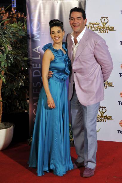 Mayrín se divorció de Poza y se casó con Eduardo Santamarina. Son padres...