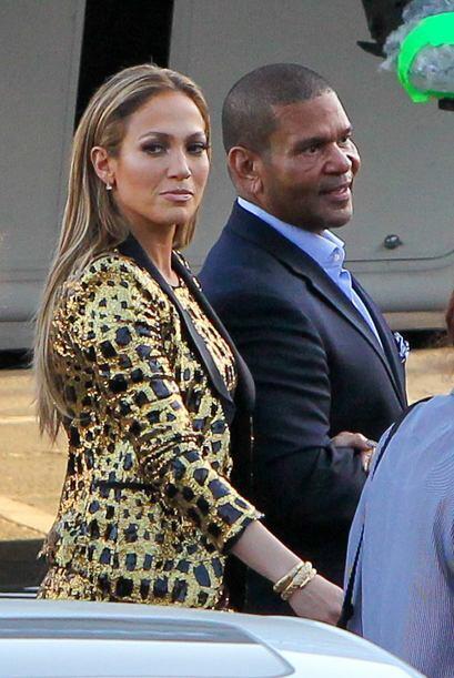 La hermosa Jennifer Lopez nos volvió a dejar con la boca abierta.Mira aq...