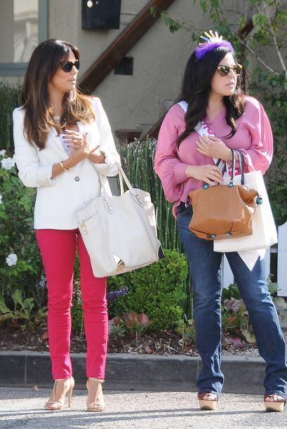 Y luego pasearon por las calles de Beverly Hills.  Mira los chismes del...