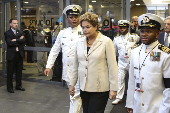 Otra de las líderes latinas en asistir fue la presidenta de Brasil, Dilm...