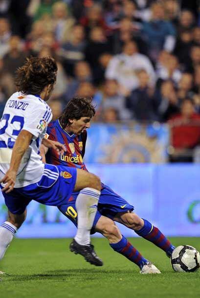 En los duelos disputados en domingo, el Barcelona visitó la cancha del Z...