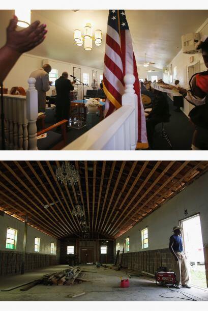 Los feligreses se reúnen durante los servicios dominicales en la Iglesia...
