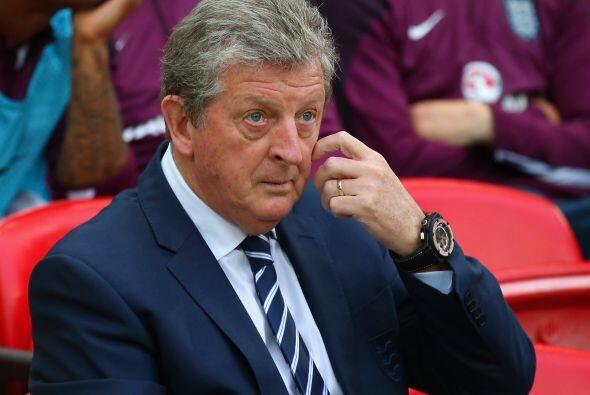 Roy Hodgson. Director técnico. Fecha de nacimiento: 9 de agosto d...
