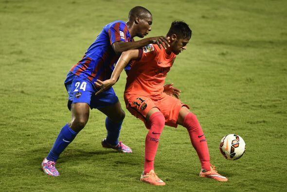 Neymar fue uno de los hombres más peligroso del Barcelona, y anotó el pr...