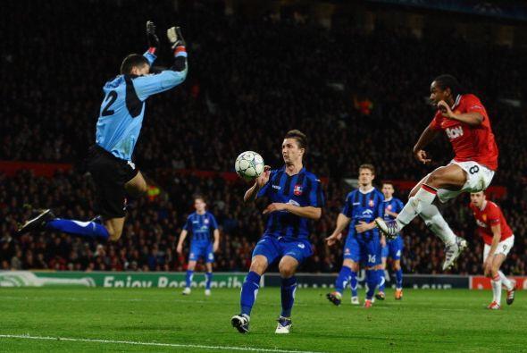El United, por momentos, pisó a su rival.