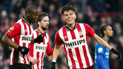 Hector Moreno da el triunfo al PSV sobre la hora ante el Heerenveen