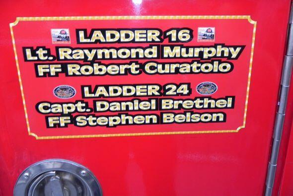 Carro bombero recuerda a sus caídos el 9/11 e10f4139263e4cfb82c9d160284d...