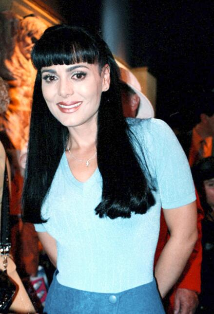 Livia Brito como Maribel Guardia