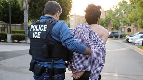 Administración Trump deportó menos personas sin antecedentes criminales...
