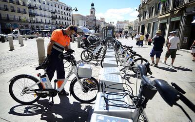 Madrid fue la primera ciudad europea en ofrecer bicicletas eléctr...