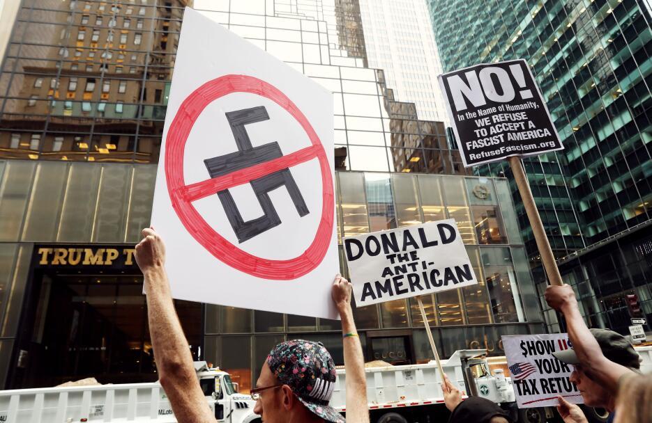 """""""Nueva York te odia"""": El duro recibimiento a Trump tras el ataque suprem..."""