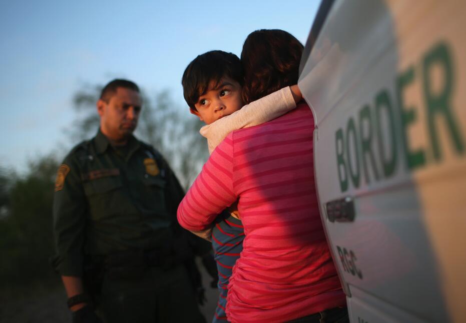 La Patrulla Fronteriza detuvo en 2016 a más de 70,000 familias provenien...