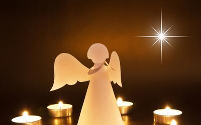 ¿Cómo escribir una carta para intercambiar regalos con los ángeles?