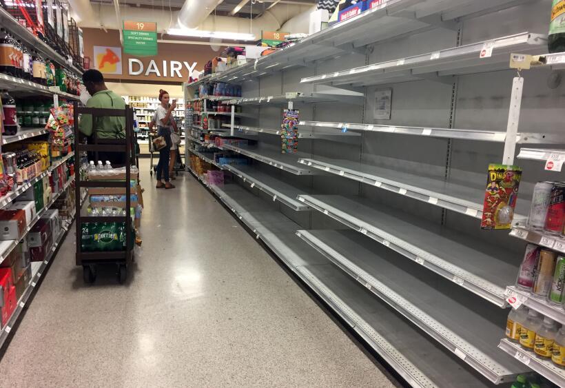 Un supermercado se queda sin productos en Miami Beach. El alcalde local...