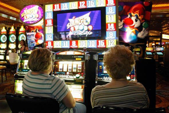 La industria de los casinos aportó aproximadamente $125,700 millones a l...