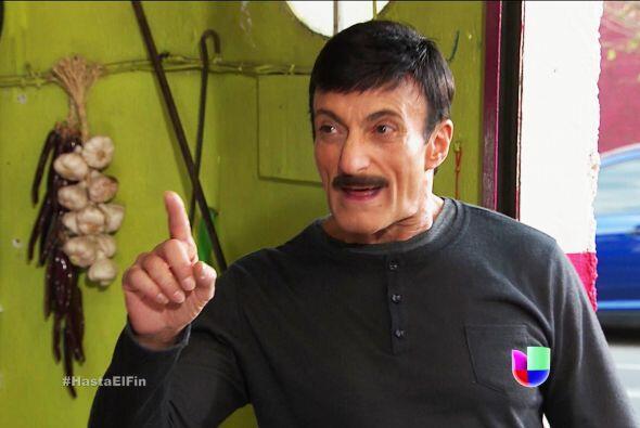 ¡Qué malvado es usted don Javier Cruz! Sólo quiere arruinar la vida de d...