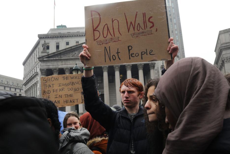Con esta protesta, de acuerdo a la convocatoria, los estudiantes buscaba...