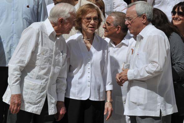 Carter llegó a Cuba en medio del conflicto por el caso Gross, arrestado...