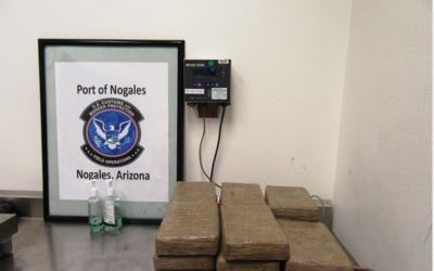 Las autoridades fronterizas incautan 41 libras de cocaína en la g...