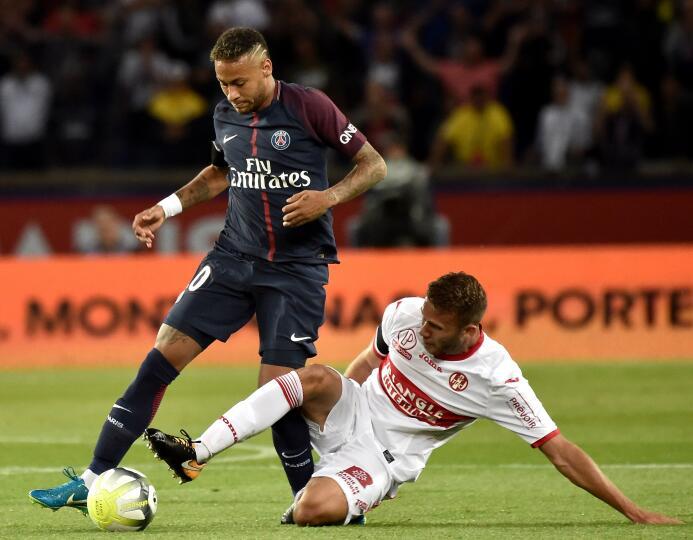 Con un doblete de Neymar, el PSG apabulló al Toulouse 636388608254440955...