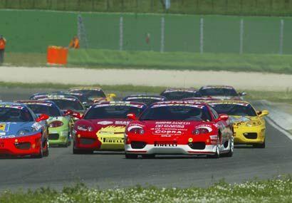 El Ferrari Challenge es un serial para aficionados que quieren poner a p...