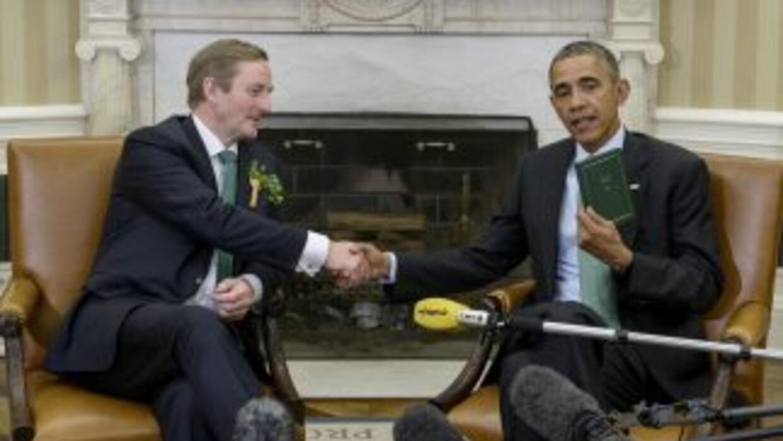 Obama recibió a Kenny por su reunión anual del Día de San Patricio.