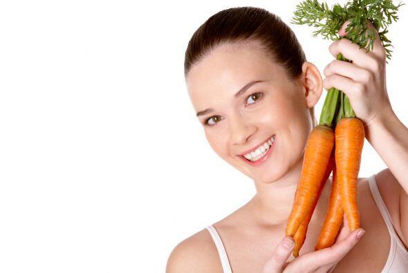 ¿Tienes zanahorias en casa? ¡Perfecto! Limpia y pela una de ellas súper...
