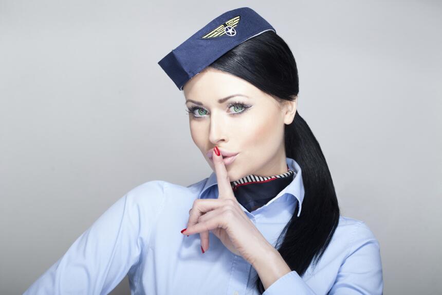 Lo que debes evitar cuando viajes en avión
