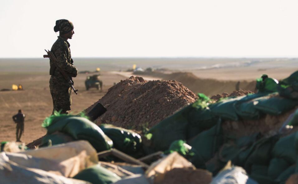 Las fuerzas especiales iraquíes, el ejército y unidades de la policía fe...