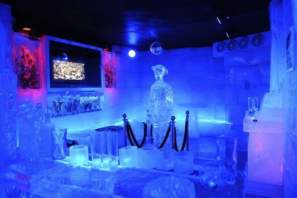 El 'Hielo Bar' abrió sus puertas para que los uruguayos puedas di...