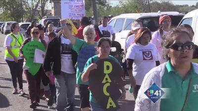 Marchan por la Acción Ejecutiva en Texas